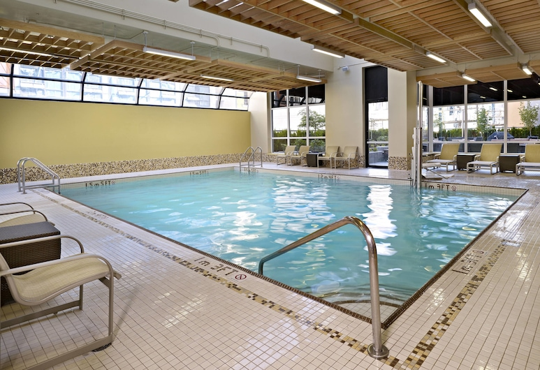 Residence Inn by Marriott Vancouver Downtown, Vancouver, Indoor Pool