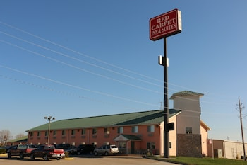 Picture of Red Carpet Inn & Suites in North Sioux City