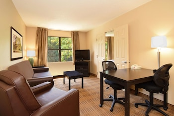 Picture of Extended Stay America Suites Atlanta Alpharetta Northpoint W in Alpharetta