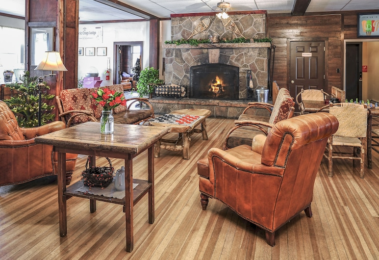 The Historic Crags Lodge by Diamond Resorts, Estes Park, Sitzecke in der Lobby