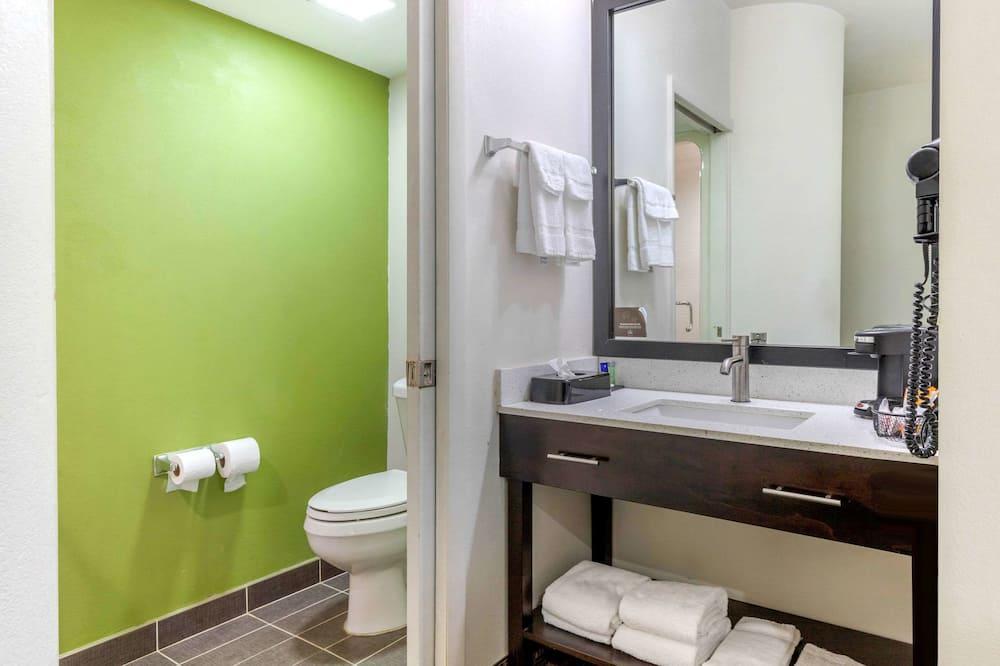 Δωμάτιο, 2 Διπλά Κρεβάτια, Μη Καπνιστών - Μπάνιο