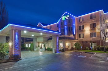Picture of Holiday Inn Express Hotel & Suites Portland-Jantzen Beach in Portland
