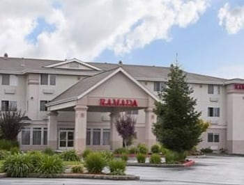 Picture of Ramada Limited Redding in Redding