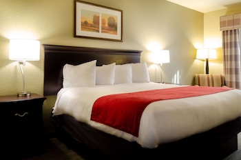 土斯卡路沙麗笙阿拉巴馬州塔斯卡盧薩鄉村套房酒店的圖片