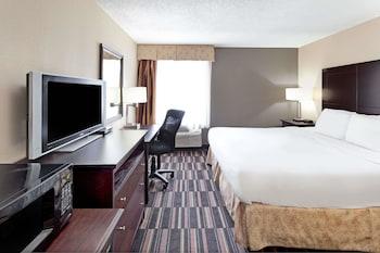 Picture of Days Inn by Wyndham Atlanta Marietta Ballpark in Atlanta