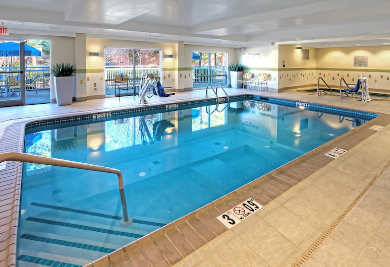 孟斐斯日爾曼敦費爾菲爾德酒店及萬豪套房, 日耳曼敦, 室內泳池