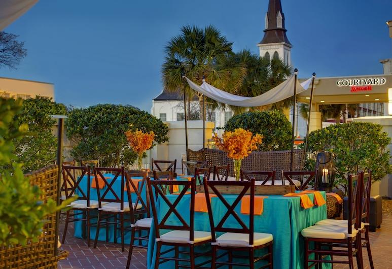 Courtyard Charleston Historic District, Charleston, Açık Havada Yemek