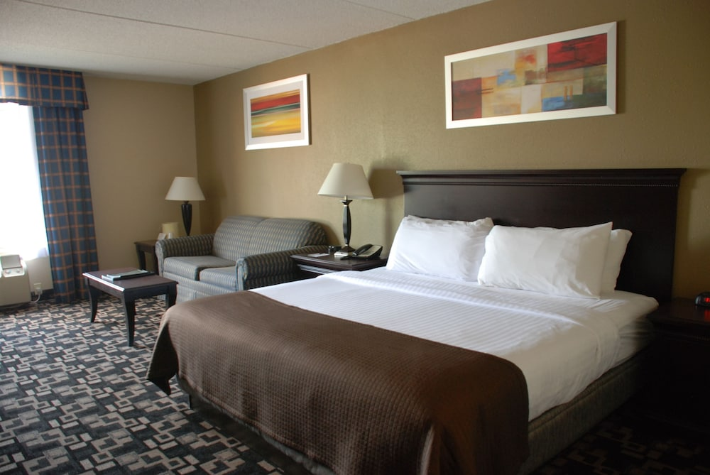 The Plaza Hotel Suites Winona