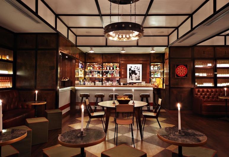 Gild Hall, A Thompson Hotel, Nova York, Bar do hotel