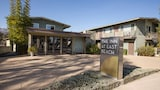 Choose This 2 Star Hotel In Santa Barbara