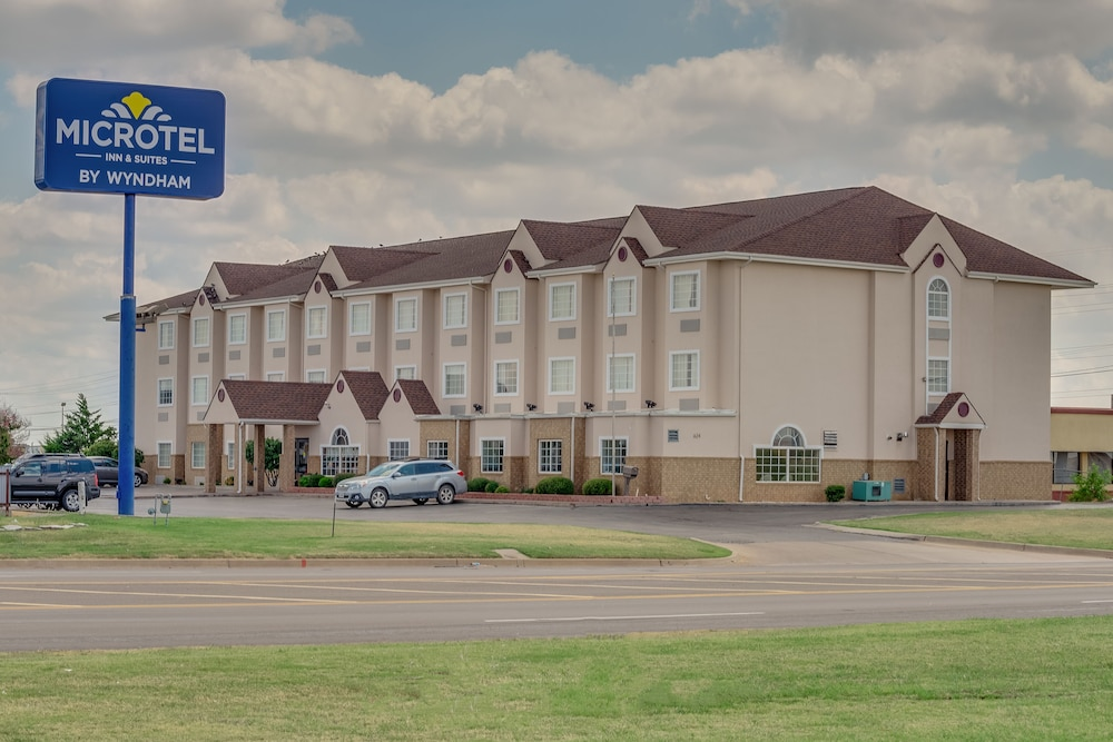 Microtel Inn & Suites by Wyndham Oklahoma City Airport, Oklahoma City