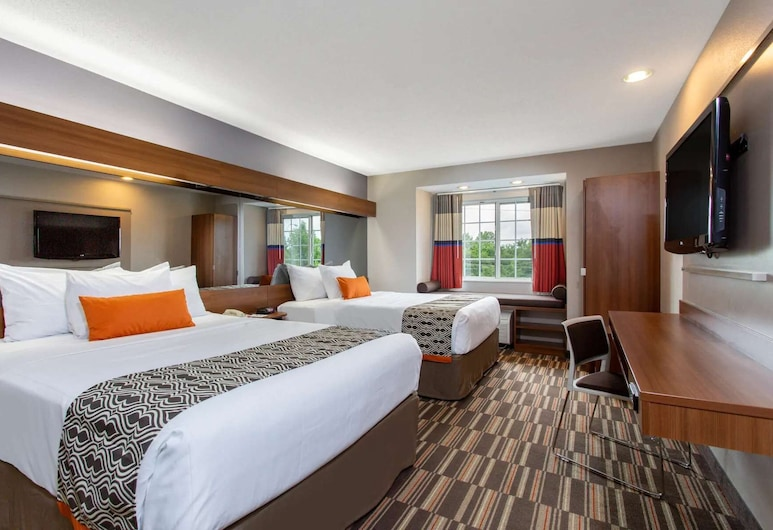 Microtel Inn & Suites by Wyndham Philadelphia Airport, Philadelphia, Room, 2 Queen Beds, Non Smoking, Guest Room