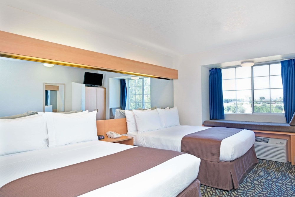 Book Microtel Inn & Suites by Wyndham Morgan Hill/San Jose Area in ...