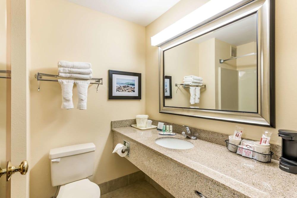 Standardzimmer, 1King-Bett, Raucher - Badezimmer