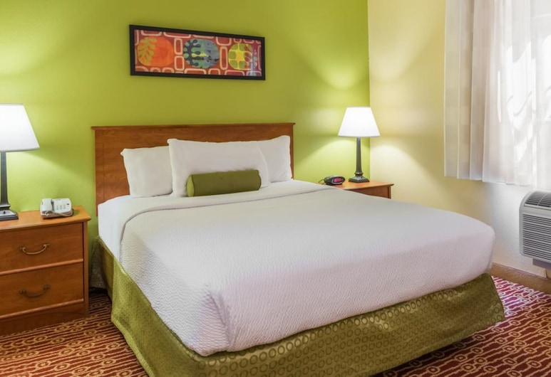 Pine Bush Suites Albany University, Albany, Studio Suite, Room