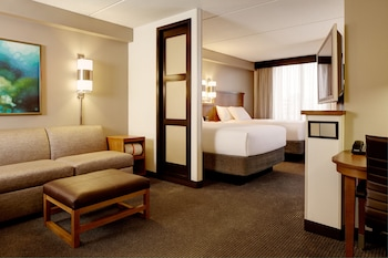 Book this In-room accessibility Hotel in Grand Prairie