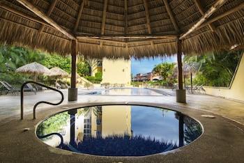 Picture of Apartotel & Suites Villas del Rio in Escazu