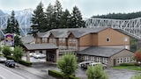 Cascade Locks hotel photo