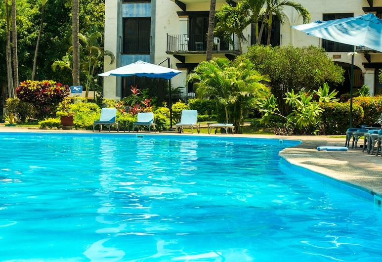 Puerto de Luna Pet Friendly & Family Suites Hotel, Пуэрто-Вальярта, Бассейн