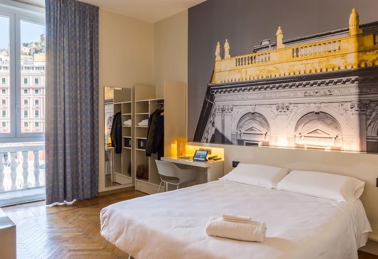 B&B Hotel Genova, Janov