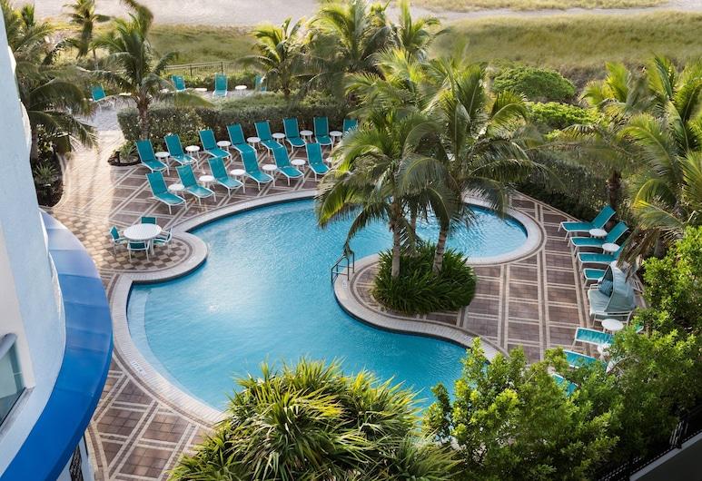 Residence Inn Fort Lauderdale Pompano Beach / Oceanfront, Pompano Beach, Studio, 2 Queen, Partial Ocean View, Outdoor Pool