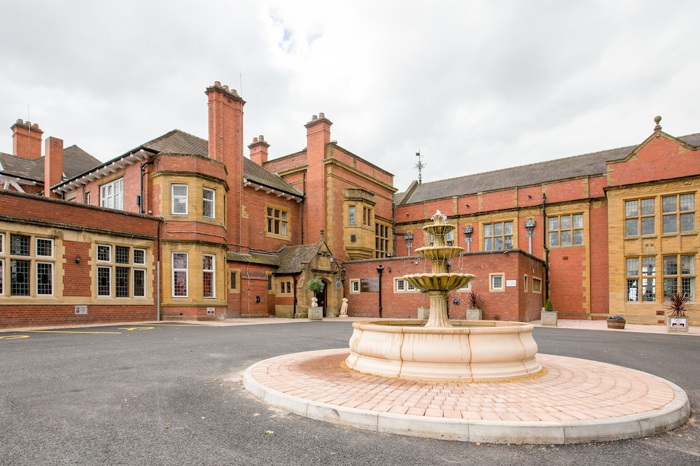 The Mount Hotel & Conference Centre, Wolverhampton