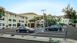 Book this In-room accessibility Hotel in Rocklin