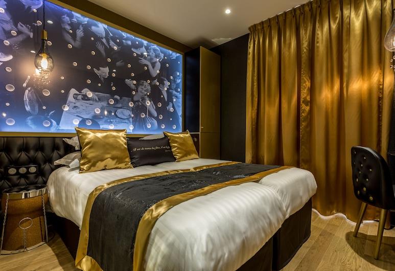 Hotel Les Bulles de Paris, Paris, Suite, Guest Room
