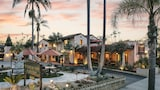 Choose this Inn in Santa Barbara - Online Room Reservations