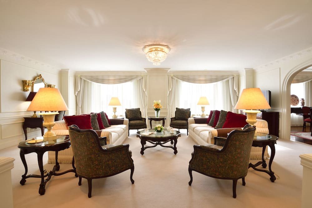 Premier Suite, 2020 - Living Area