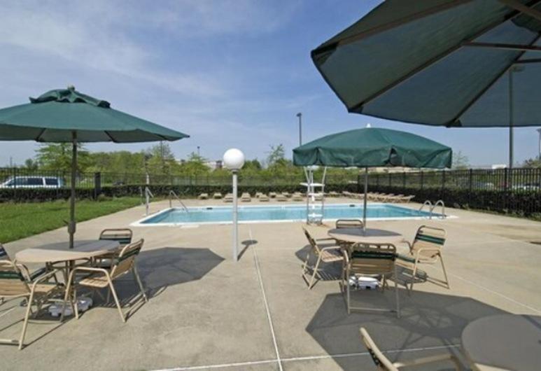 The Rockville Hotel, a Ramada by Wyndham, Rockville, Vonkajší bazén