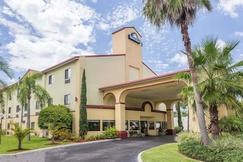 Picture of Days Inn by Wyndham Sarasota - Siesta Key in Sarasota