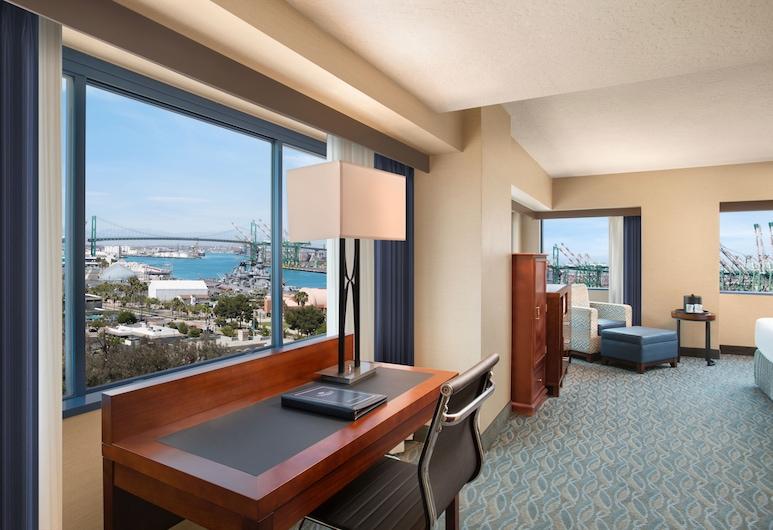 Crowne Plaza Los Angeles Harbor Hotel, San Pedro, Executive szoba, 1 king (extra méretű) franciaágy, nemdohányzó, Vendégszoba