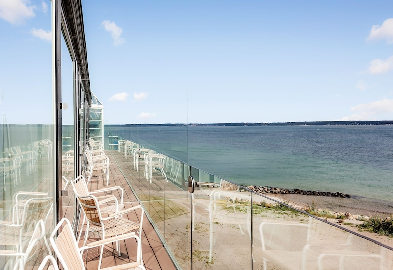 瑪蓮露斯特海濱飯店, 赫爾辛果, 高級雙人房, 海景, 陽台