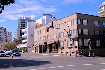 Picture of Quality Inn Downtown Inner Harbour in Victoria
