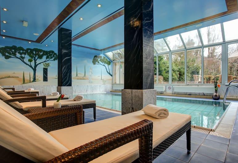 Centro Hotel Residence, Bonn, Pool