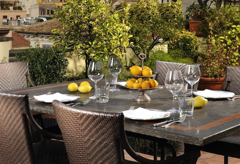 Hotel d'Inghilterra Roma - Starhotels Collezione, Rom, Restaurang utomhus