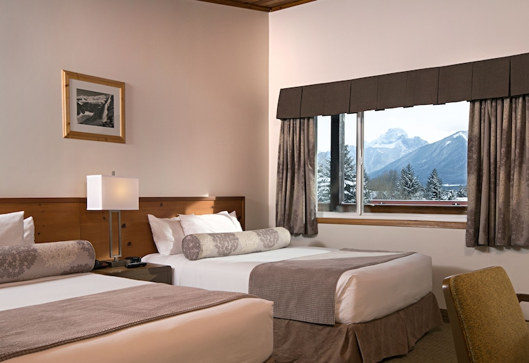 Rocky Mountain Ski Lodge, Canmore, Hotel Room 2 Queen Beds, Room