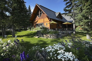 Foto Buffalo Mountain Lodge di Banff