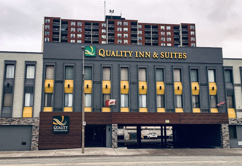 Quality Inn & Suites Downtown, Windsor