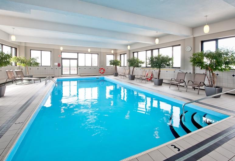 L'Appartement Hotel, มอนทรีออล, สระว่ายน้ำในร่ม