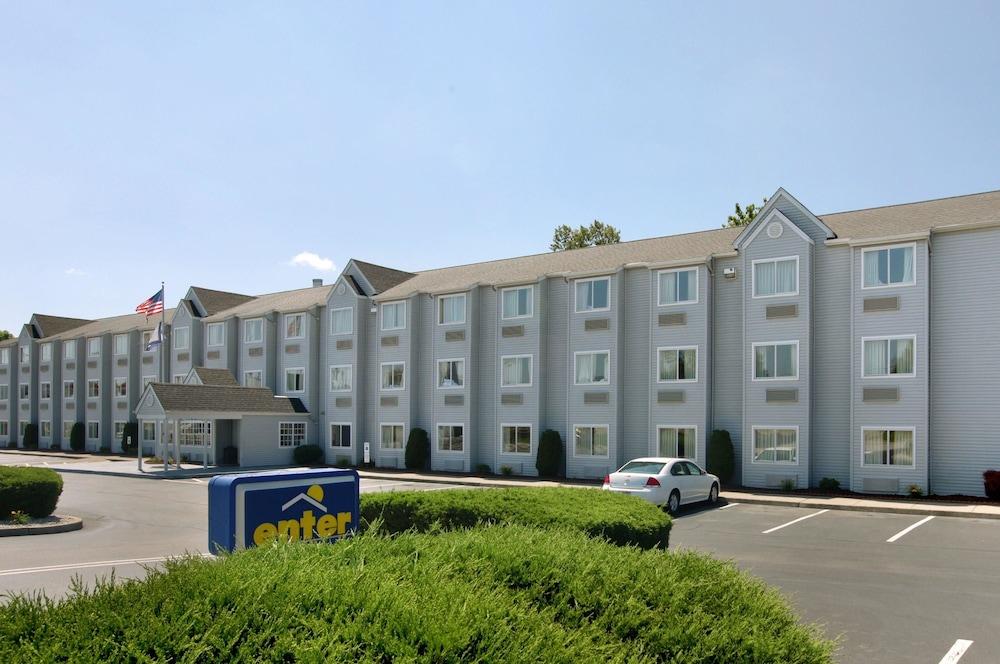 Microtel Inn Suites By Wyndham Charleston South