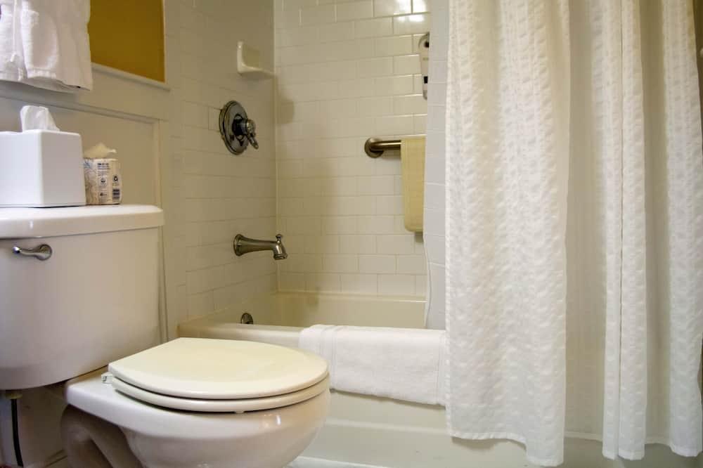 Standard Room, 1 Queen Bed - Kupaonica