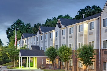 Picture of Microtel Inn by Wyndham Charlotte/University Place in Charlotte
