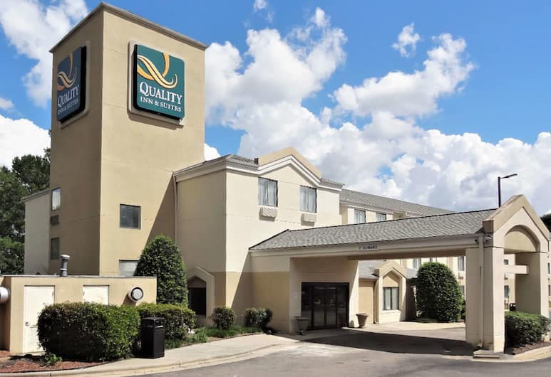 Quality Inn & Suites Raleigh North, Raleigh