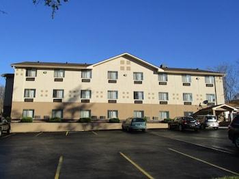 Picture of Motel 6 Montoursville, PA in Montoursville