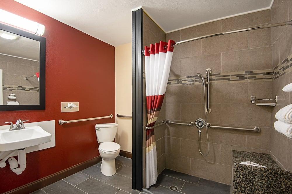 Deluxe-huone, 1 keskisuuri parisänky, Esteetön, Tupakointi kielletty - Kylpyhuone