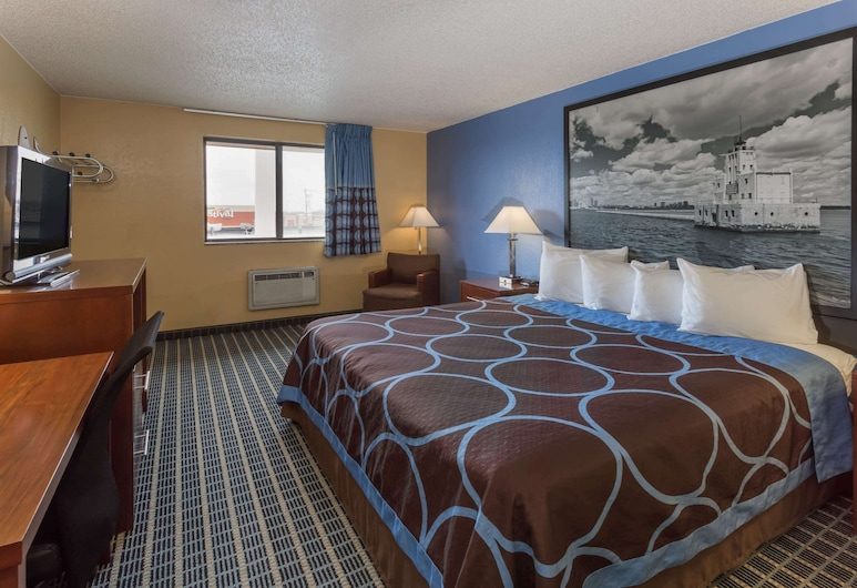 Super 8 by Wyndham Janesville, Janesville, Room, 1 King Bed, Non Smoking, Guest Room