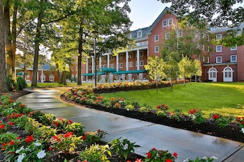 Picture of Gideon Putnam Resort And Spa in Saratoga Springs