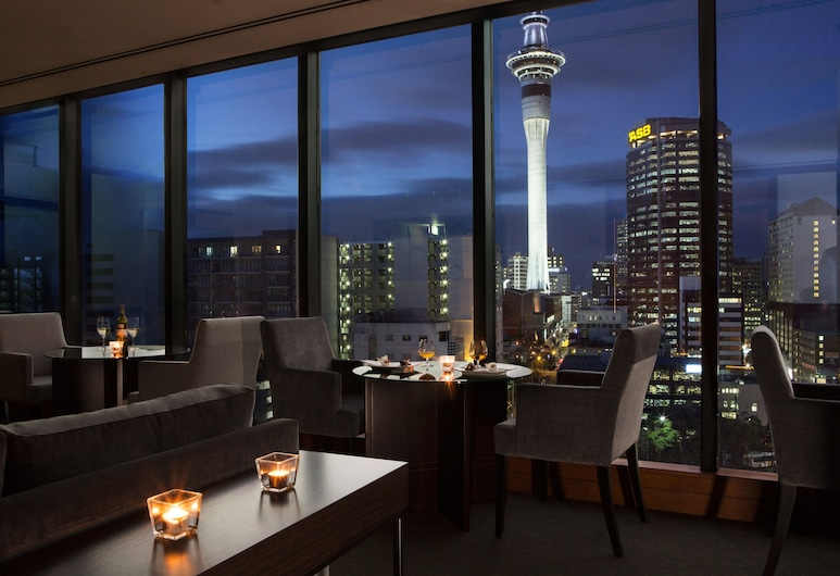 Grand Millennium Auckland, Auckland, Suite Exécutive ((incl Club Lounge Benefits)), Bar de l'hôtel